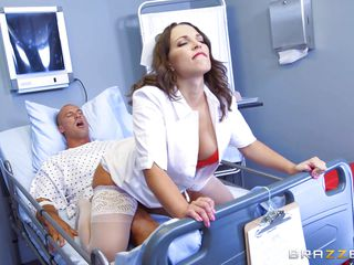 секс с врачом на дому